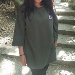 H&M Patched Forest Green Quarter Sleeve Sweatshirt